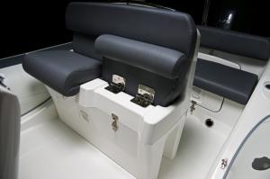 Eagle 650 Folding Seats
