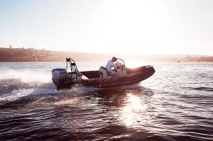 Navigator 610 RIB Speedboat