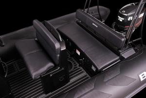Navigator 520 Bench Seats